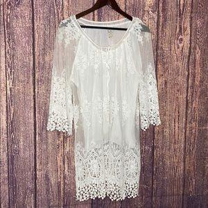 XCVI cream white lace crochet boho tunic top small